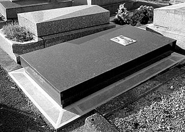 tombe Bagnolet